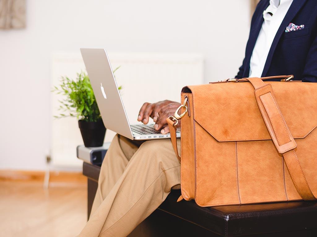 digital-nomad-jobs-entrepreneur