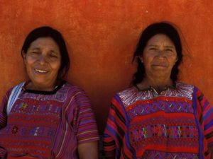 travel guide Guatemala local women