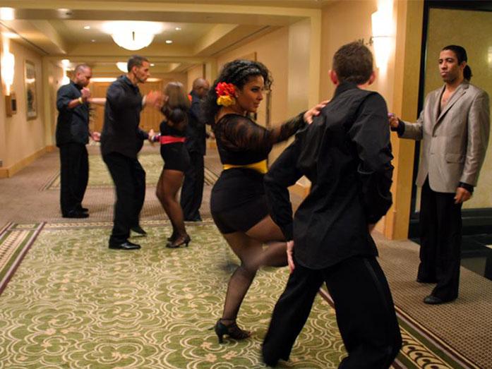 what is latin dance bachata