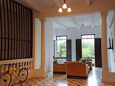 the best hostels in cartagena