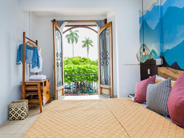 best accommodation in panama city
