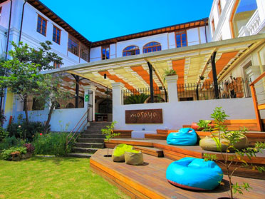 hostels in ecuador
