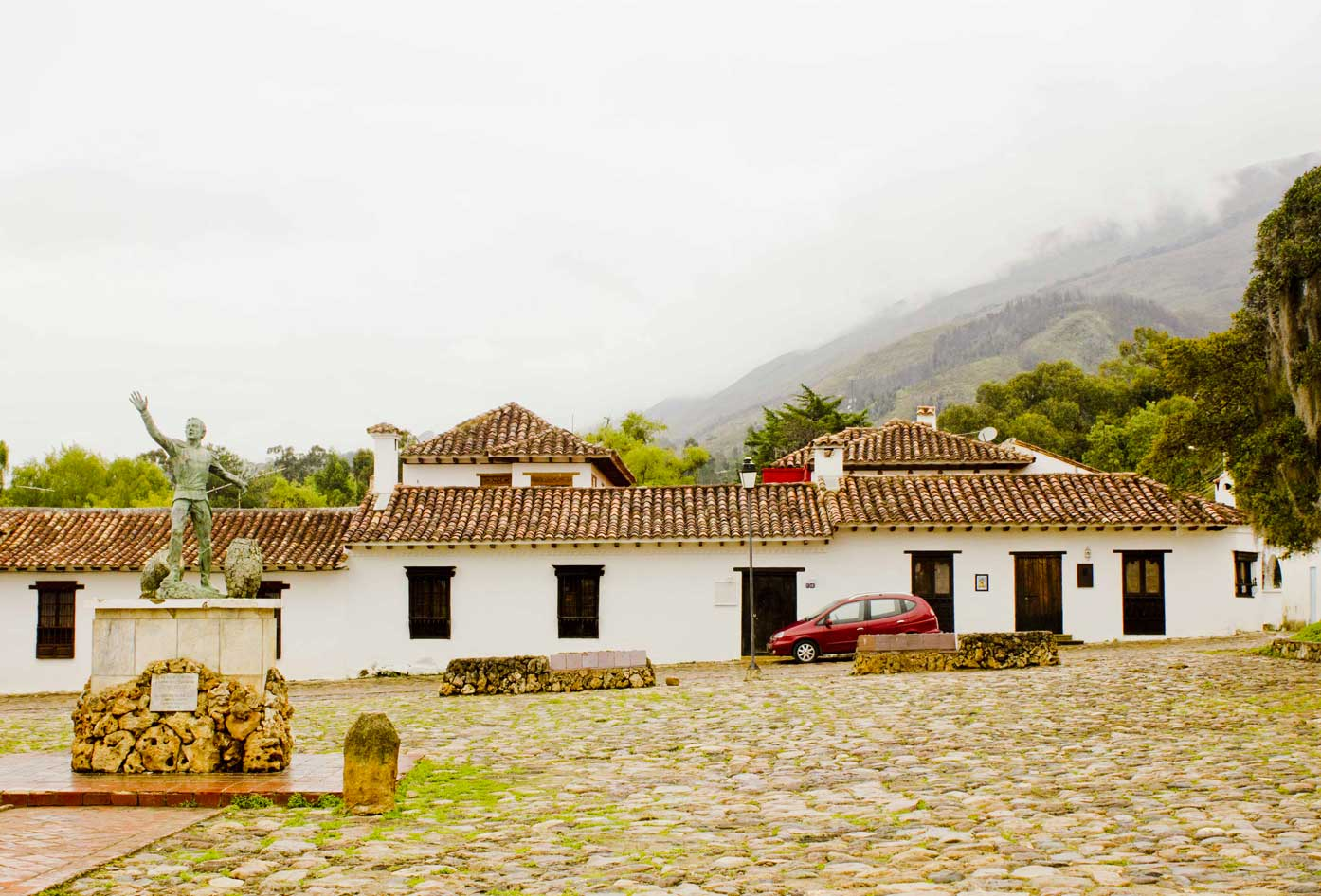 backpackers guide to colombia