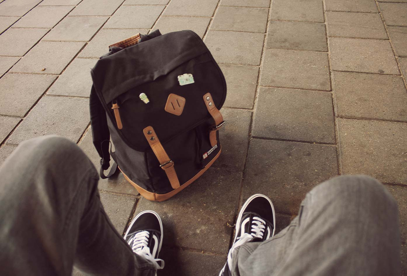 gps luggage trackers for backpacks