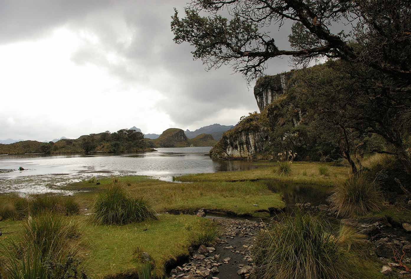 the beautiful Torredora Lake