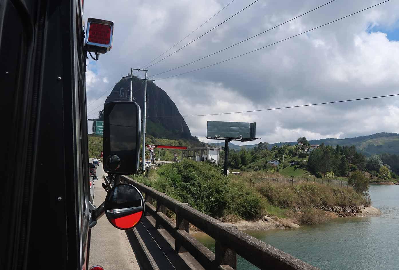 bus to guatape