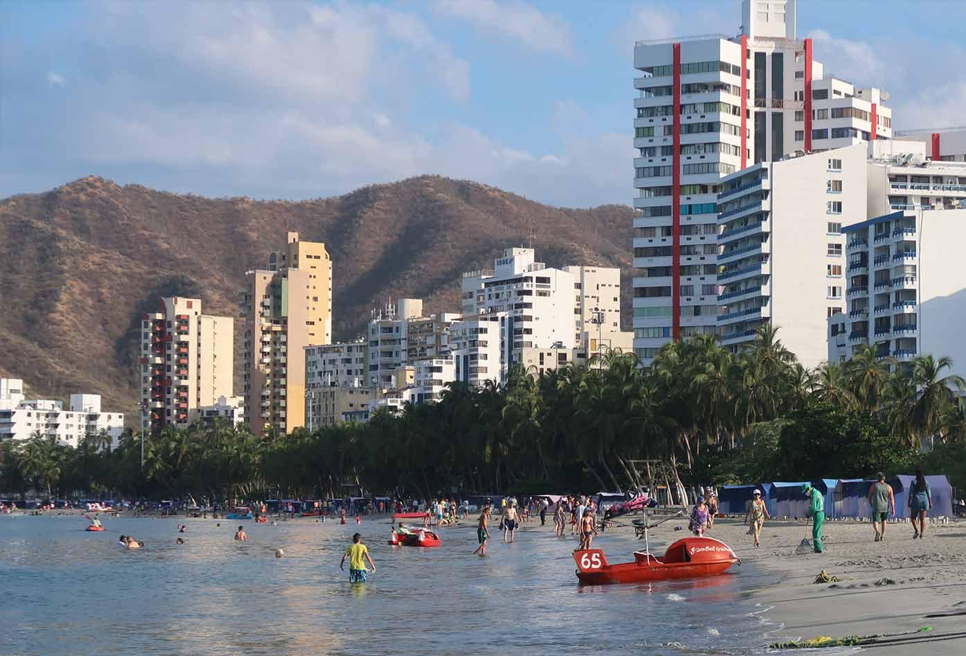 santa marta rodadero beach