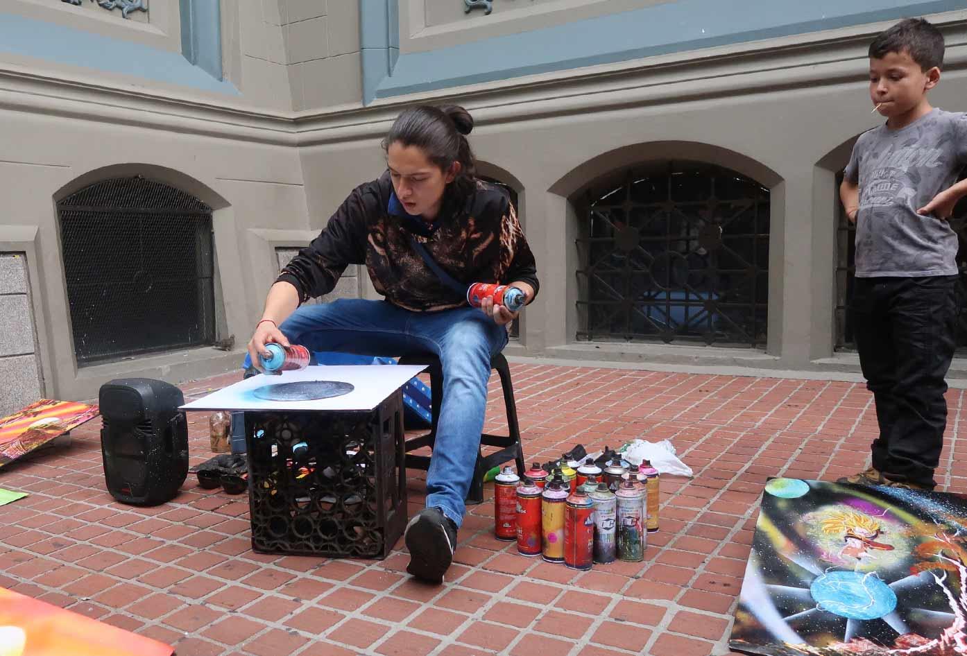 medellin downtown artist