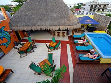 playa de carmen hostels