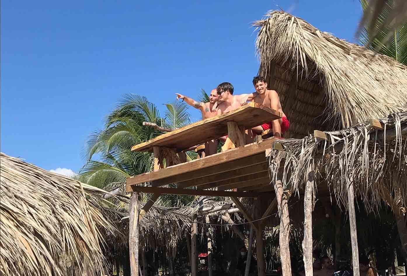 puerto escondido beach hut