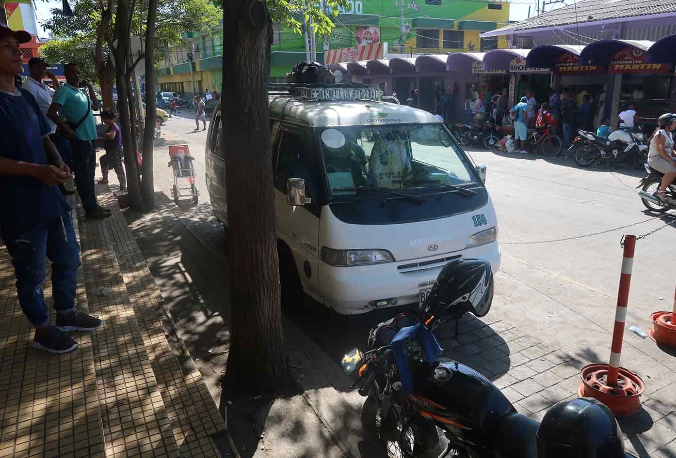 minca bus stop