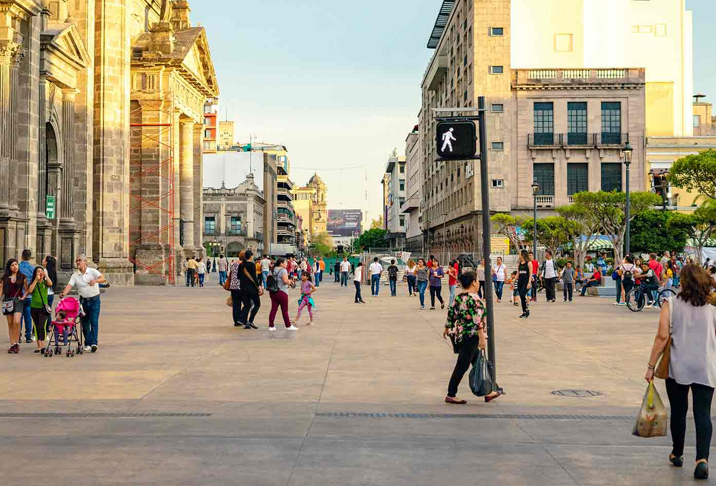 guadalajara vs mexico city