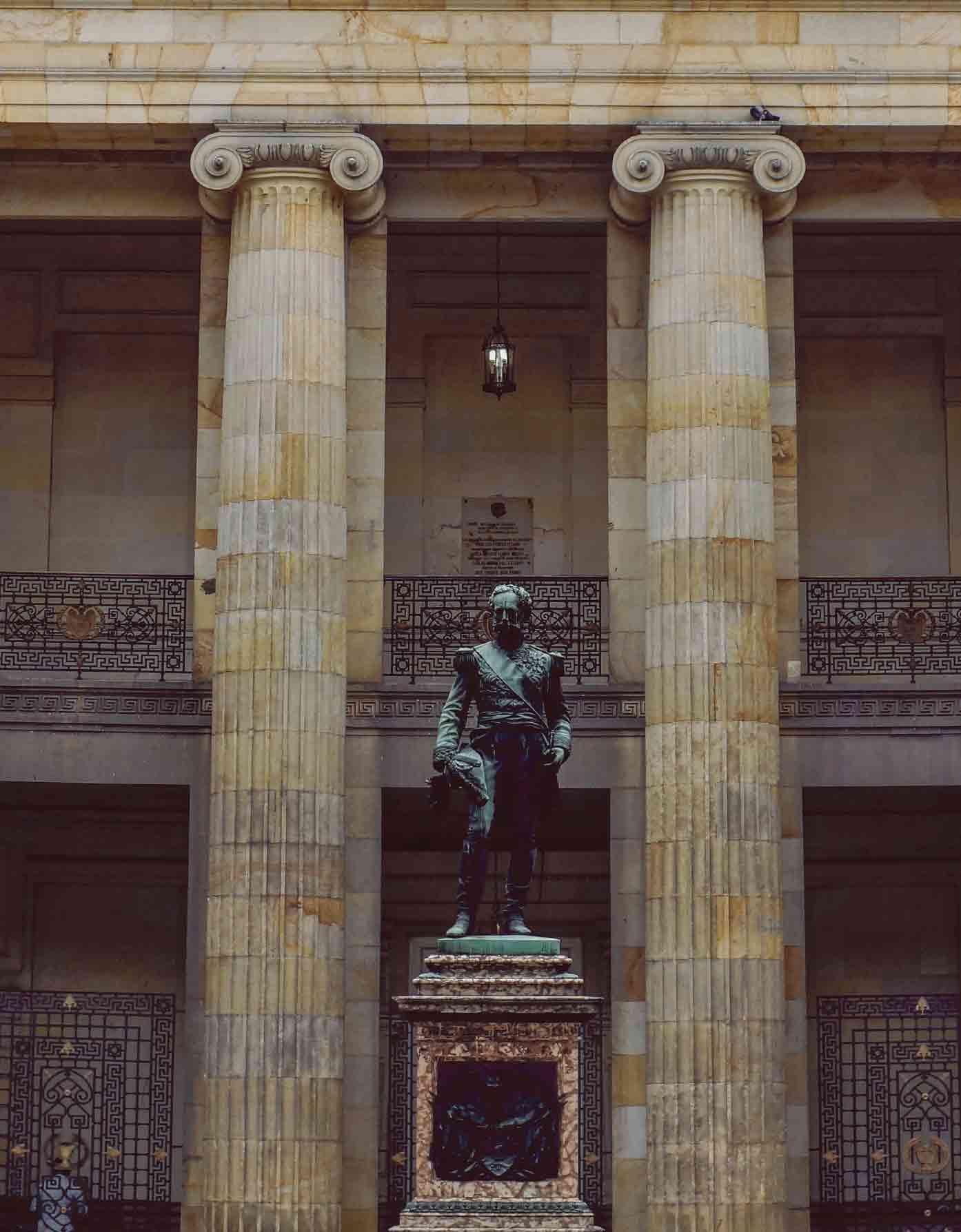 plaza boliviar