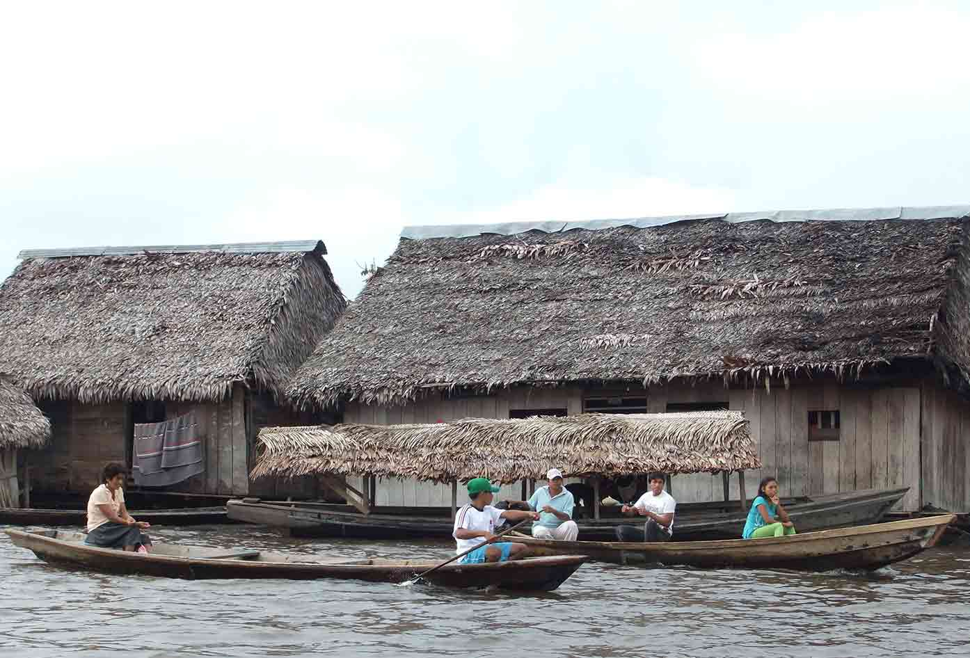 peru amazon river boat